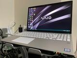 セットアップ作業中の「VAIO S15」